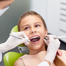 Higiena jamy ustnej dziecka od 10 roku życia